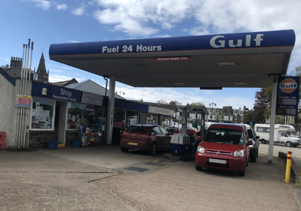 Front view of Crosbie and Bateman garage - MOT & Servicing Kirkcudbright